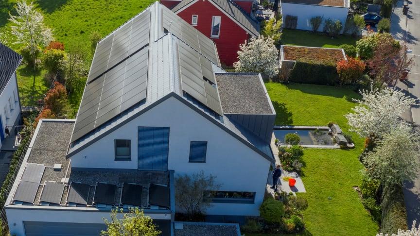 Photovoltaik auf Wohnhaus und Garage © Photovoltaik-Netzwerk BW/ Kuhnle&Knödler