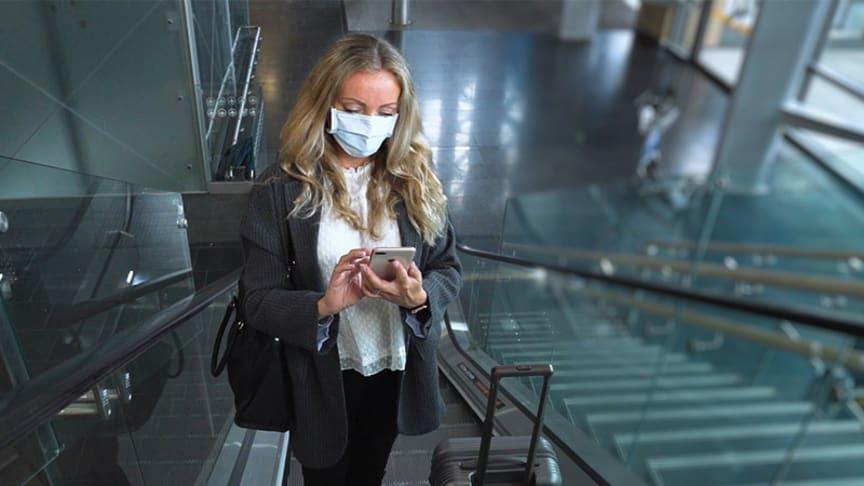 Det anbefales å komme ca . 4 timer før avgang for å ta koronatest på Oslo lufthavn Gardermoen.