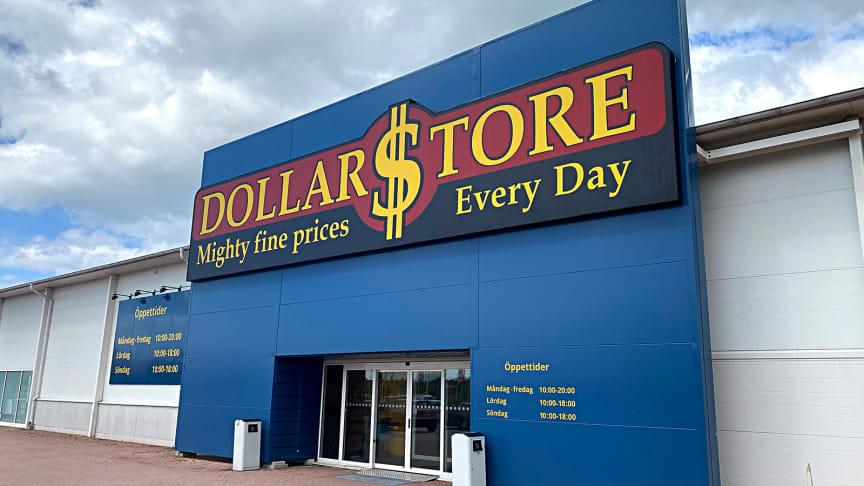 Dollarstore är en av Sveriges snabbast växande lågpriskedjor med över hundra butiker runtom i Sverige.