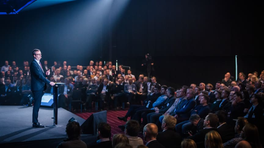 Olje- og energiminister Terje Søviknes på Enovakonferansen i Trondheim.