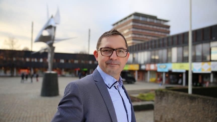 Mike Fürstenberg i SiO Foreninger hjelper studentforeningene i Oslo og Akershus. (Foto: Unni Irmelin Kvam / SiO)