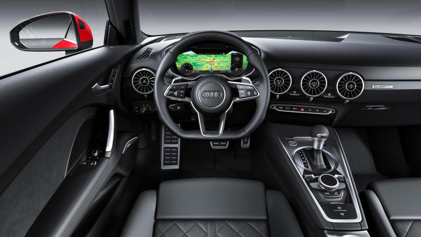 Audi TT Coupé (tangorød) interiør