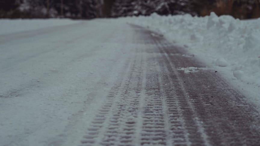 Undvik livsfarliga olyckor efter däckbytet – hundratals hjul lossnar varje år
