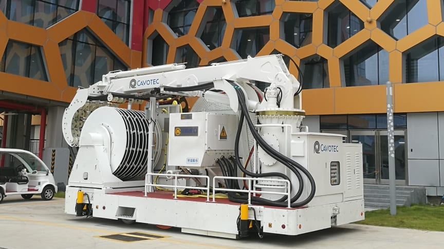 Cavotec PowerMove units provide electrical power to a wide variety of cruise ships.