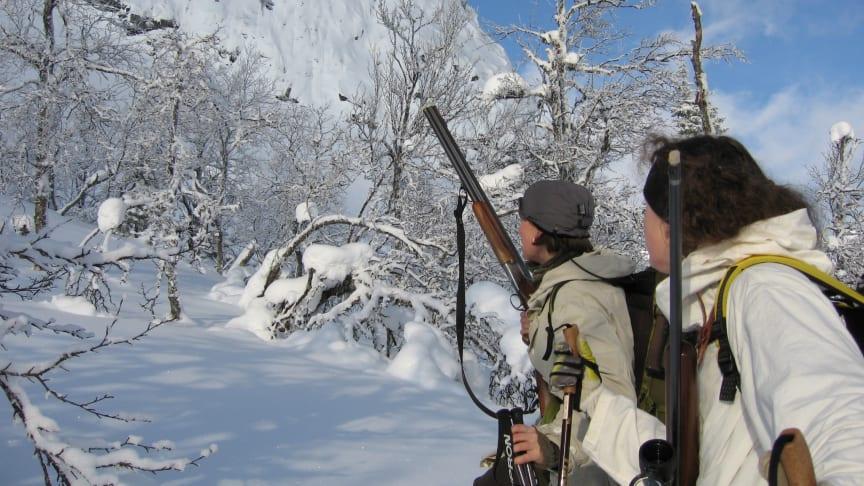 Det våras för jakten, bland kvinnor.