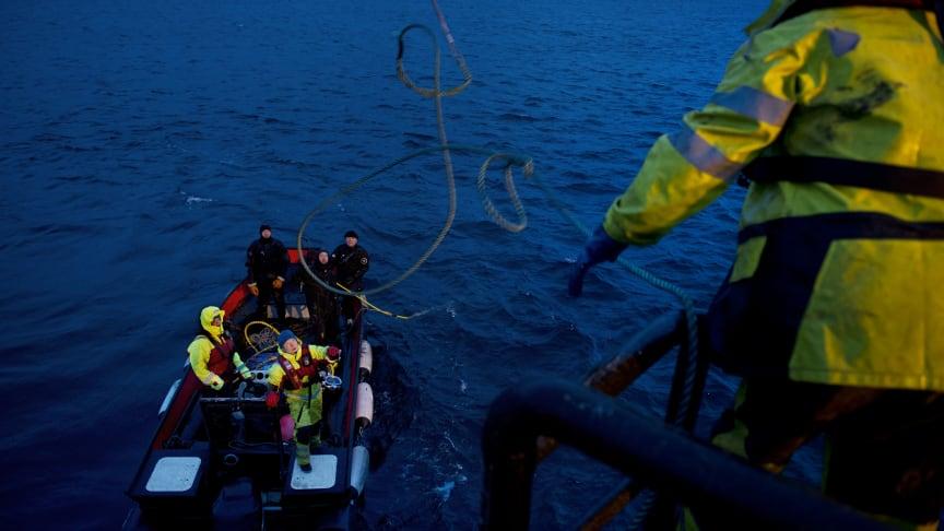 Slik ble sjøkabelen på 18 tonn reparert