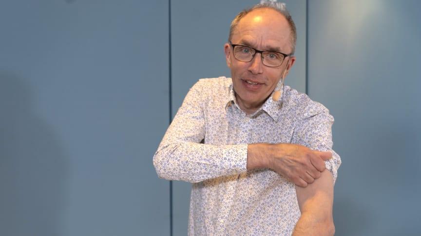 Den 17 maj startar vaccinering mot covid-19 för de som är 18 till 59 år i Skåne, vilket är tidigare än planerat. – Skåningar, det är dags att kavla upp ärmen! säger Alf Jönsson, regiondirektör. Foto: Bengt Flemark
