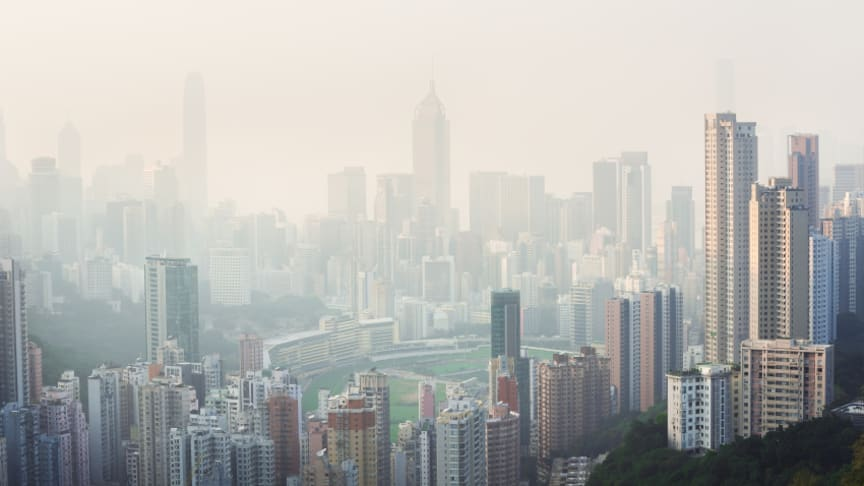 Air pollution blankets Hong Kong