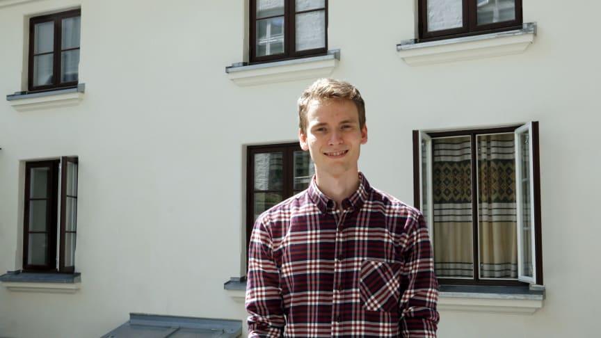 Sigurd sørger for framgang på en rekke byggeplasser og har i tillegg ansvar for et eget prosjekt. Foto: Boligbygg