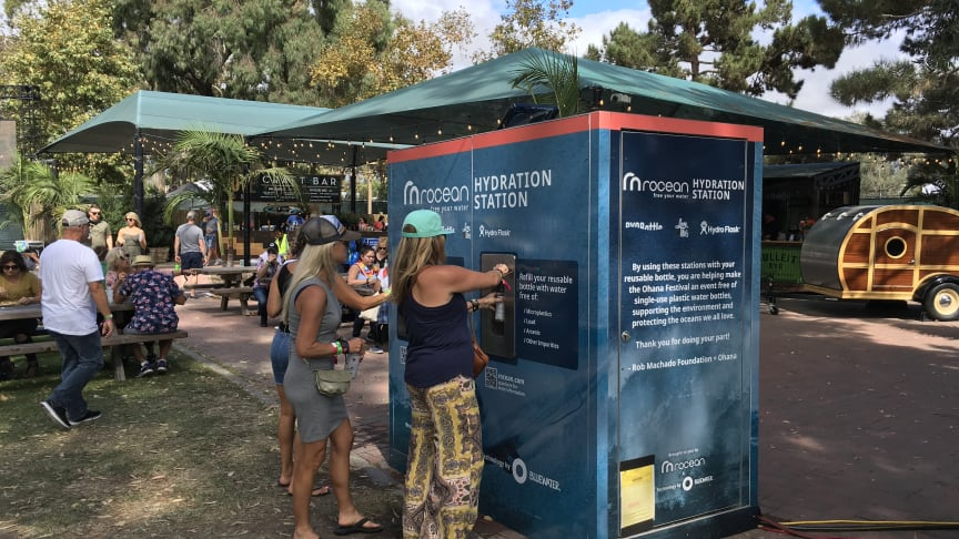 Bluewater hydration stations were a hit at the Ohana Festival at California's Doheny State Beach in September (Photo: Trent Virden)
