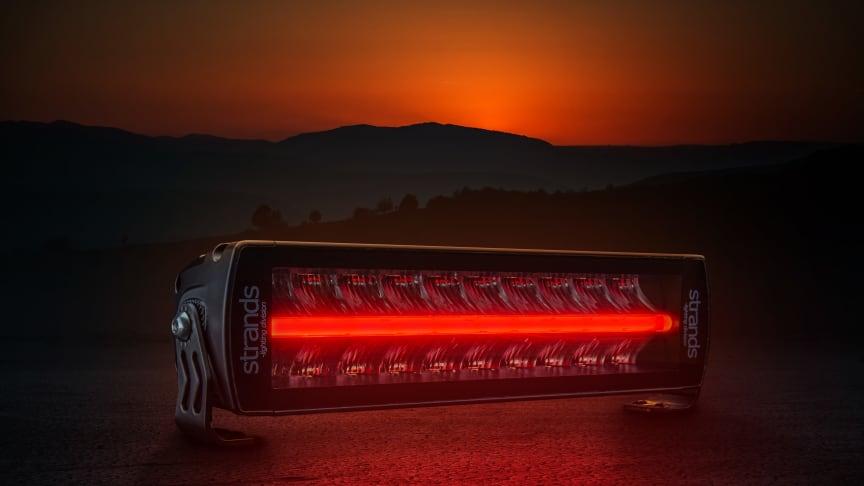Rött positionsljus – unik nyhet från Strands Lighting Division