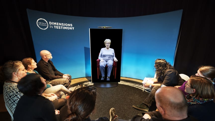 Speaking Memories: Dimensions in Testimony, interaktiv installation.