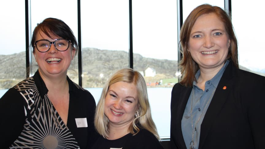 (Fra v.) Statssekretær Heidi Nakken, Husbankens regiondirektør Therese Blomsø og Bodøs ordfører Ida Pinnerød. (Foto Stina Sønvisen/Husbanken)