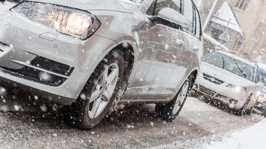 260.000 biler kører på sommerdæk i vintervejret