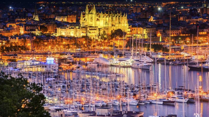 Palma de Mallorca at night