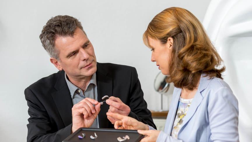 Programmierter Hörerfolg – immer mehr Menschen tragen Hörsysteme vom Hörgeräteakustiker