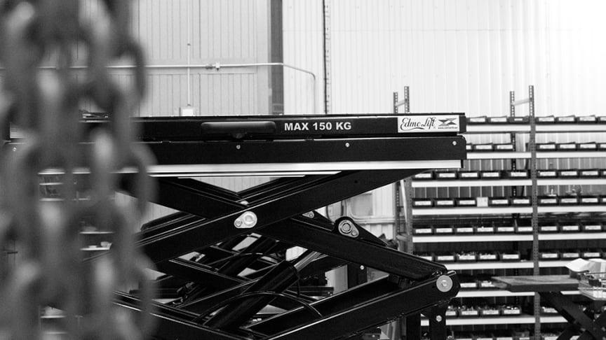 EdmoLifts kundunika TRD 100 lyftbord finns i Volvofabriker runt om i världen.