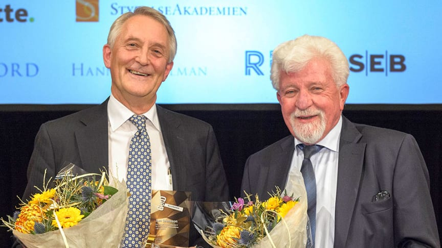 Pristagare Guldklubban 2017: Jan Svensson, ordförande Fagerhult, och Rune Andersson, ordförande Mellby Gård