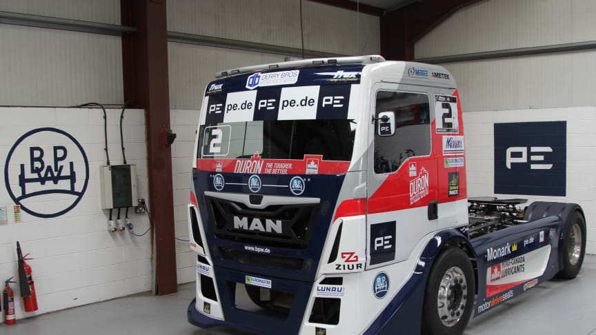 The race truck is perfectly prepared for the races with components from the BPW Group.