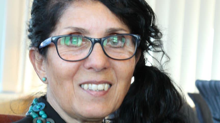 Mitra Sohrabian är årets mottagare av Sparbanken Nords kulturpris.