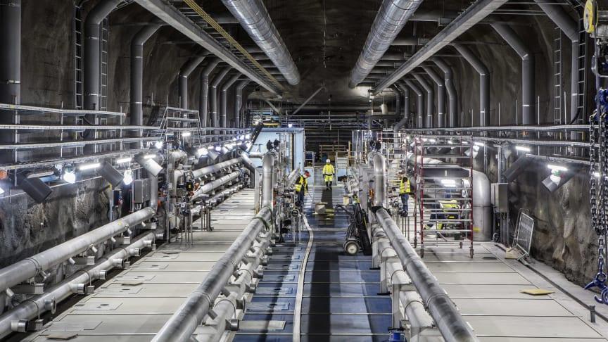 En bild från ombyggnaden av Henriksdals reningsverk, eftersedimenteringsbassäng till membranbassäng. Foto: Mikael Ullén/Stockholm Vatten och Avfall