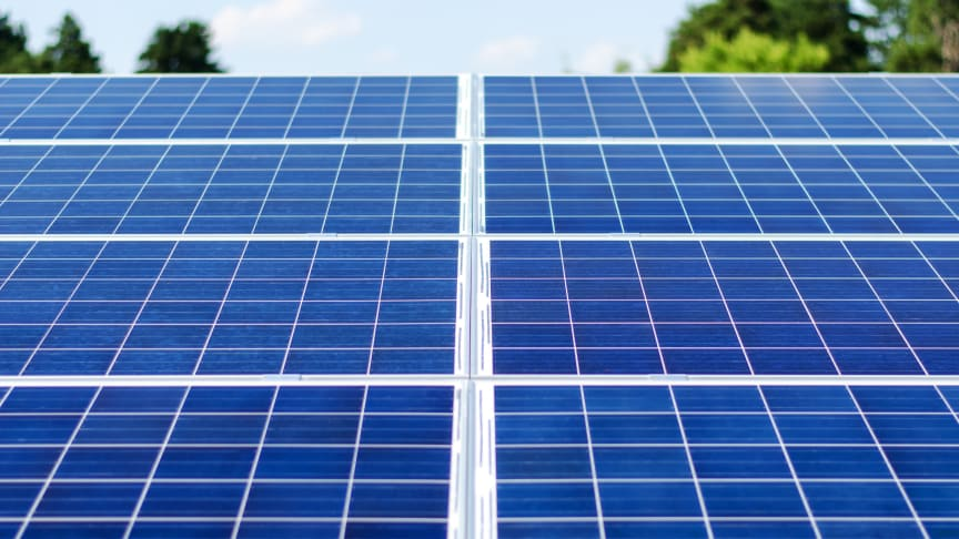 Historisk lave tilbud i udbud af støtte til solceller