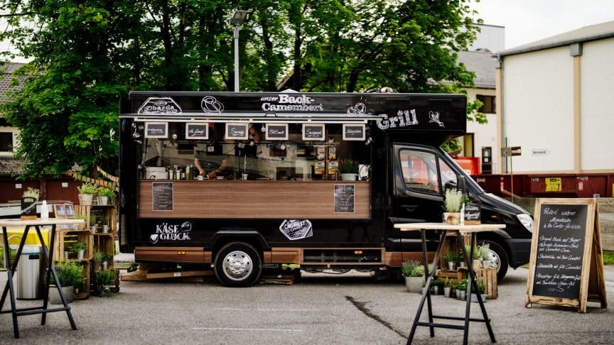 """""""Käseglück on the road"""" – Noch bis August tourt der Foodtruck durch Deutschland; nach München folgen Stuttgart, Köln, Hamburg und Berlin"""