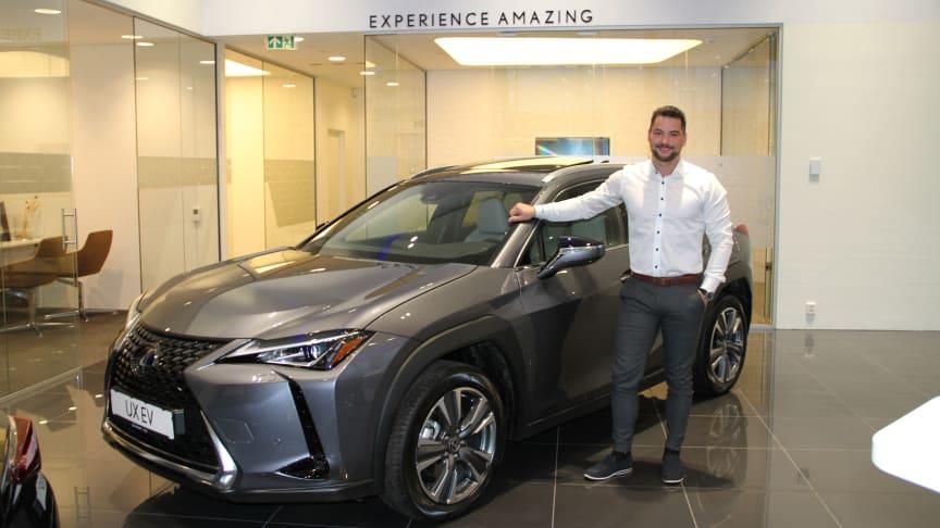 Lexus Bodø: Tilbakemeldingene på den nye elbilen fra Lexus er svært gode, forteller forteller Morten Teksnes, Brand manager.