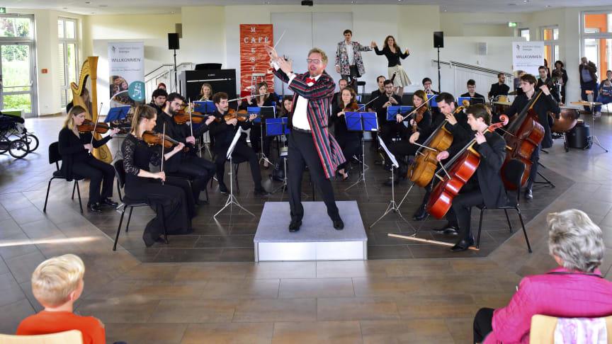 """""""Was für ein (Musik-)Theater!"""" - Westfalen Weser Energie-Gruppe bringt Musikerlebnis für die ganze Familie nach Schloß Holte-Stukenbrock"""
