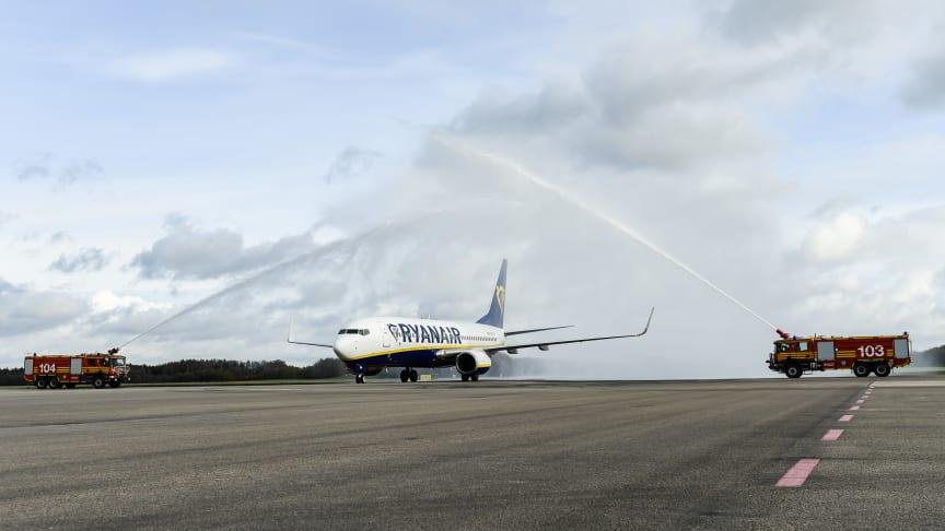 Vattensalut vid Ryanairs landning på Malmö Airport idag. Foto: Jens Christian Bladh