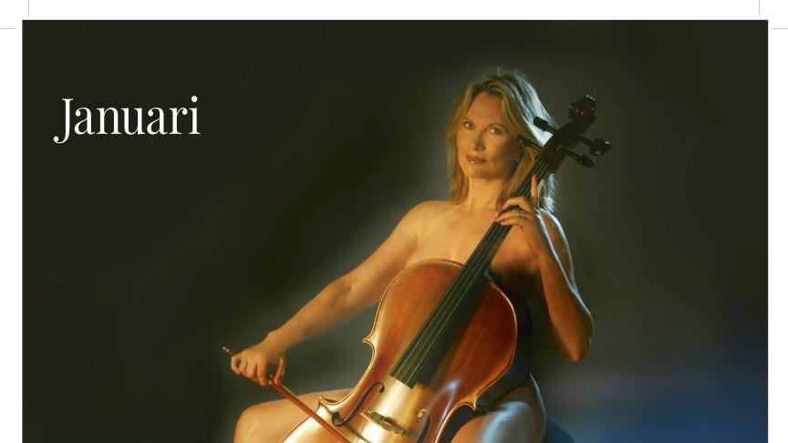 """Maud Adams i """"Best of"""" kalendern! Vilken kändiskavalkad! Alla bilder tagna av svenska kända fotografer"""