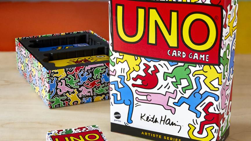 UNO Artiste Series Keith Haring Deck (2).jpg