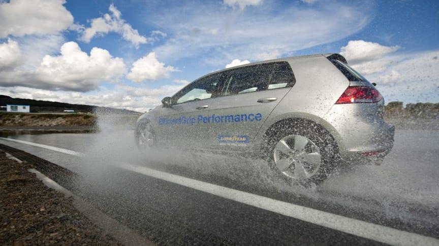 Goodyear stärker sin ledarposition inom däckmärkning med EfficientGrip Performance
