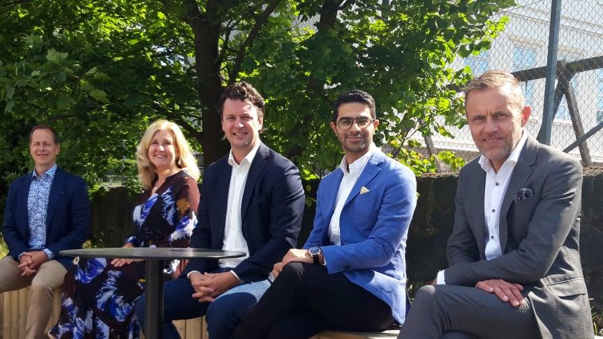 The team from left to right: Jakob Ursby, Volvo Penta, Helene Niklasson, Group Trucks Technology, Christopher Hedvall, Volvo Autonomous Solutions, Ethan Faghani, Cetasol, Jonas Sandberg, Qamcom