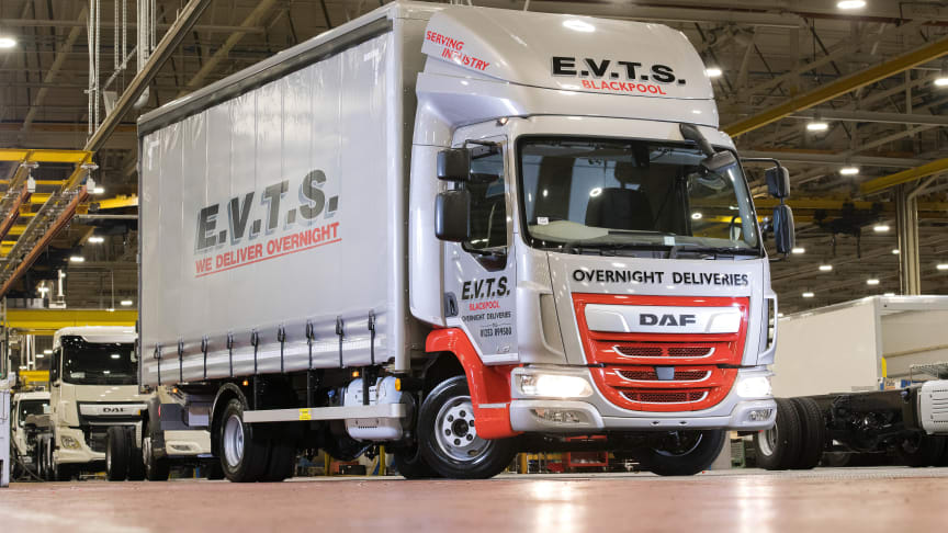 Leyland Trucks rakensi 200 000:nnen DAF LF -kuorma-auton, joka on jäykkä 7,5 tonnin LF City 170, blackpoolilaiselle liikennöitsijälle EVTS:lle.