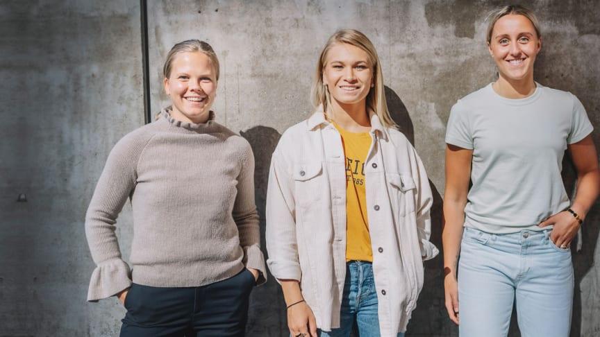 Linnea Hedin, AIK, Ebba Berglund, Luleå, Hanna Olsson, HV71 - tre av spelarna som bidrar i SDHL coach. Foto: Stina Stjernkvist.