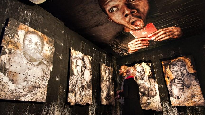 NEUSICHT mit Thomas Koch - ART CREATES WATER im Luzerner Hallenbad