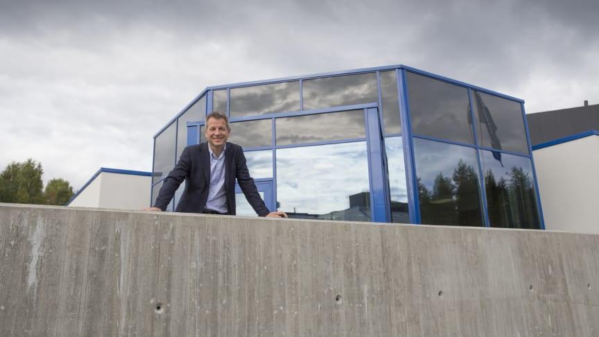 Administrerende direktør Trond Hagerud i Mapei er valgt som ny styreleder i Bygg Reis Deg AS.