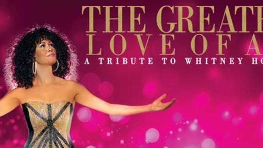 Belinda Davids i rollen som Whitney Houston i föreställningen Greatest Love of All