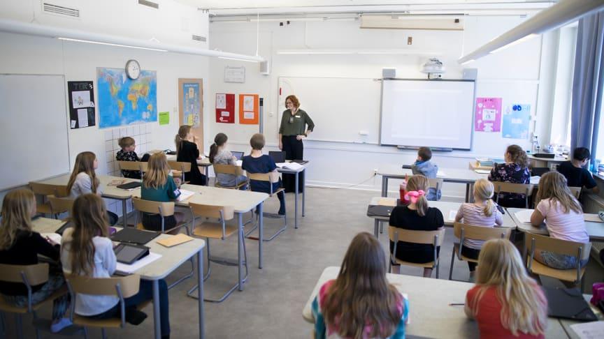 Undervisning med ljudutjämningssytem, Isabergskolan i Hestra. Foto: Christoffer Frykell och Joakim Andersson