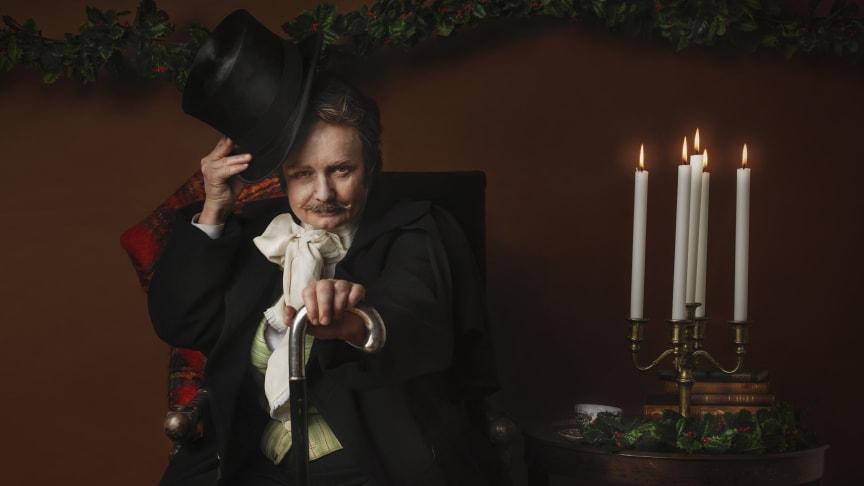 """Maria Kulle som Scrooge i """"En julsaga"""". Premiär 1 december 2018. Foto: Sophie Håkansson."""