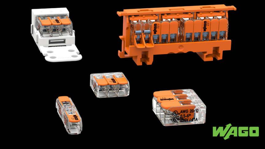 WAGO:s kopplingsklämmor i 221-serien finns i 2-, 3- och 5-trådsutförande. Alla varianter är utrustade med en lättanvänd manöverspak för anslutning och urkoppling av kablar utan verktyg. Fotokälla: ©WAGO