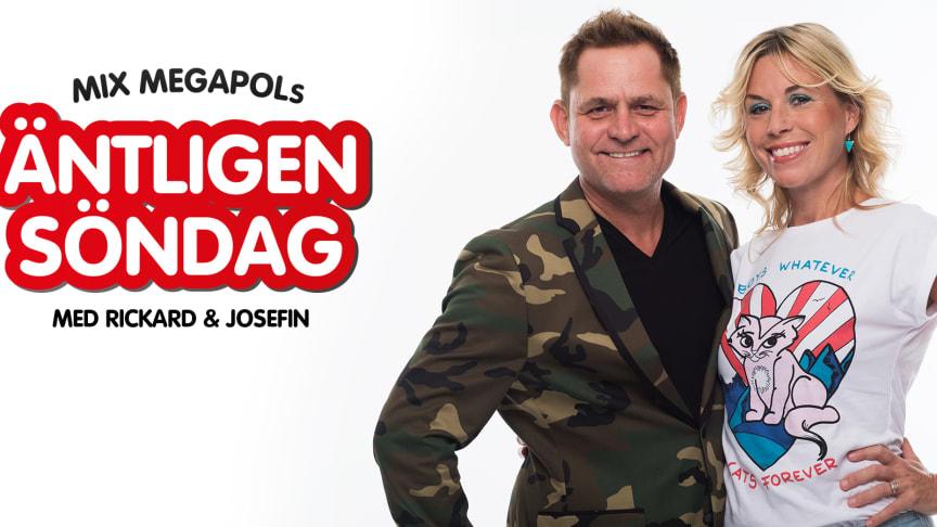 Rickard Olsson tillsammans med Josefin Crafoord.
