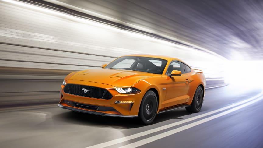 Snart kommer verdens mest solgte sportsbil og Fords mest avanserte Mustang noensinne. Gled deg – den er nemlig bedre på alt