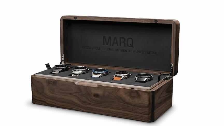 Das exklusive MARQ Signature Set kommt in einer handgefertigten Echtholzschatulle.