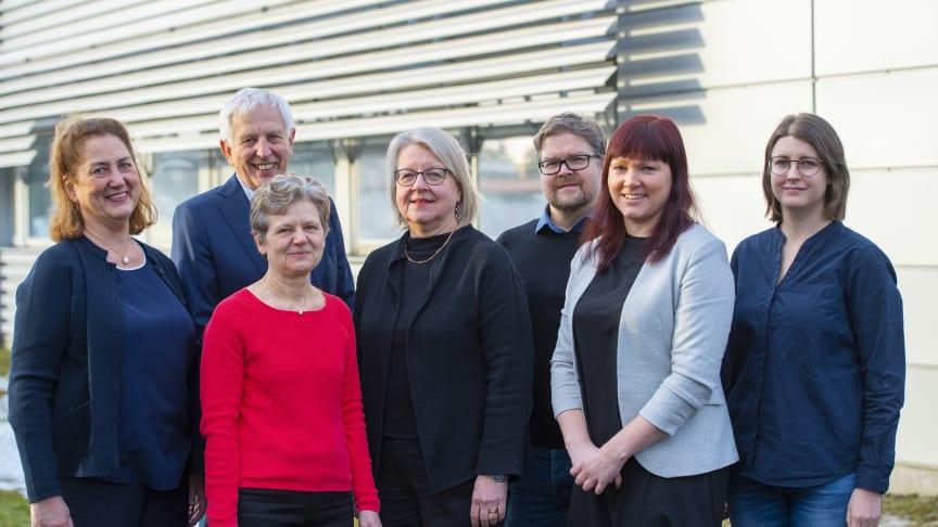 Marie-Louise Hammarström, Sten Hammarström, Anne Israelsson, Gudrun Lindmark, Harald Hedman, Lina Olsson, Linn Heikkilä at HiloProbe.