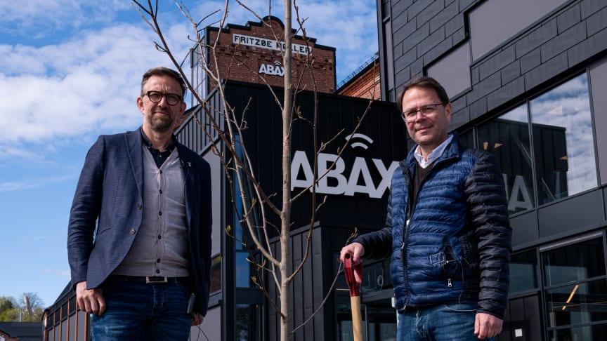 Atle Karlsen (CPO) og Morten Strand (CEO) er klar til at tage et tag for miljøet