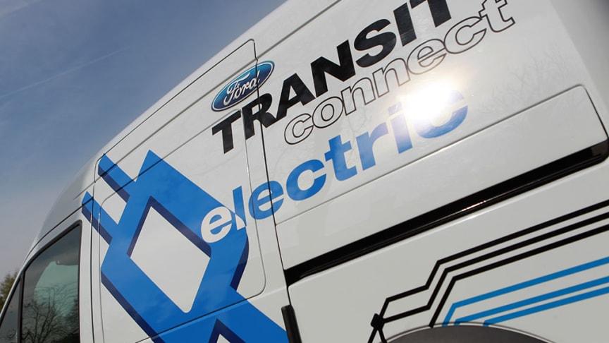 Ford och Upplands Motor levererar Sveriges första elektriska transportbilar till YIT Sverige AB