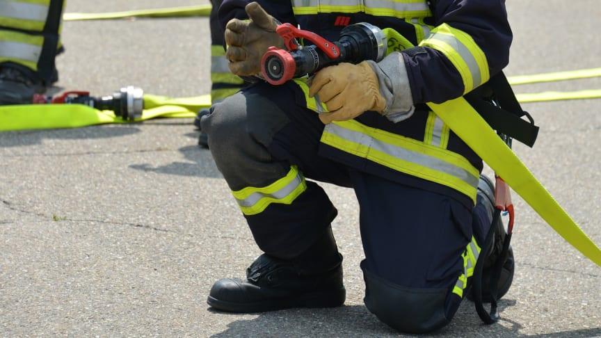 Debatt: Ändra reglerna för deltidsbrandmännens a-kassa