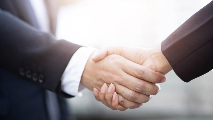Das Pharmaunternehmen HERMES ARZNEIMITTEL erwirbt zum 1. Oktober 2019 das deutsche OTC-Sortiment von KrewelMeuselbach. Dazu zählen bekannte Marken wie Aspecton und Ginkgo-Maren.